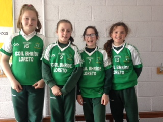 Girls football skills team